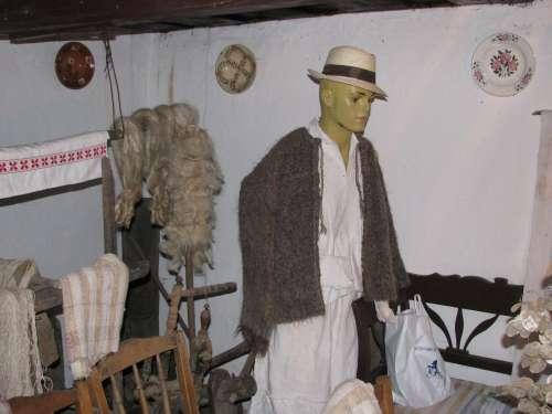Costum de bărbat