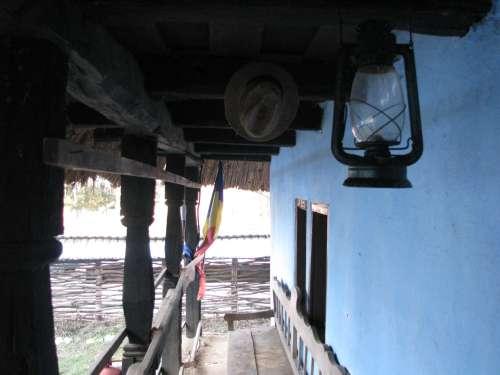 Prisma casei cu clopul si lompasul