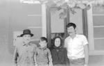 Cu bunicii, Vasalica lui Vasalie si Reghina