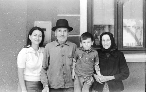 Cu bunicii