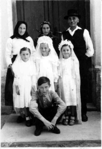 Cu surorile si bunicii